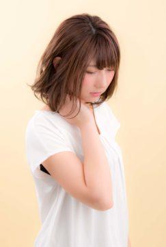 ミディアムヘア ハイライト カーキカラー 赤坂美容室